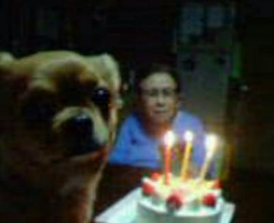 誕生日を祝ってくれてるリカ