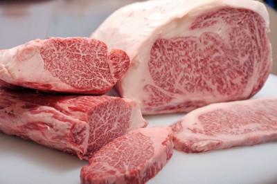ステーキ用の牛肉