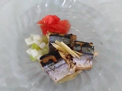 秋刀魚のハーブ煮