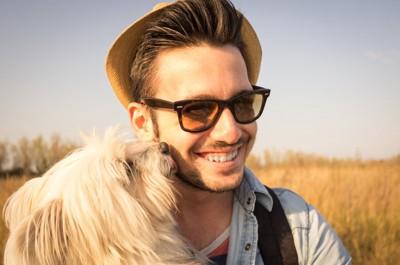 仲が良い人と犬