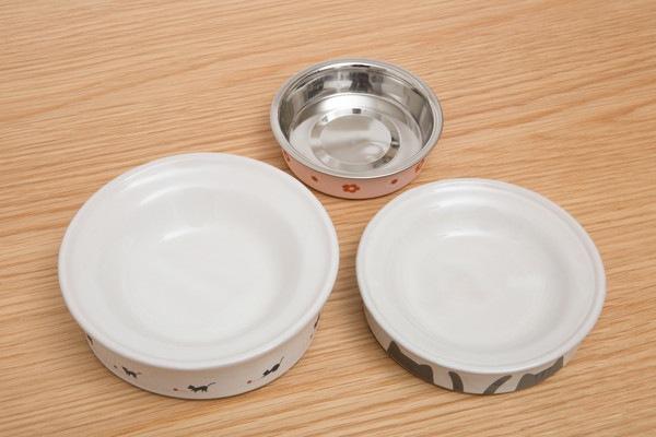 犬の3つの食器