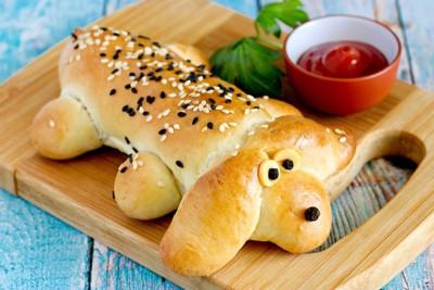 犬の形のパン