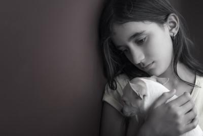 モノクロ飼い主と犬
