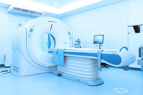 青いMRI機械画像