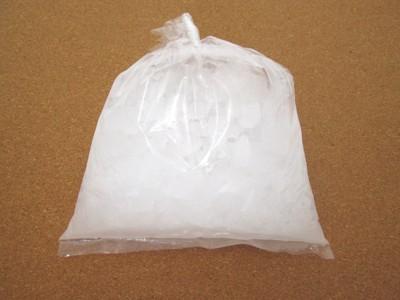 袋に入った氷