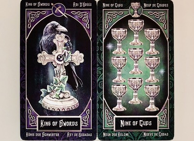 KINGofSWORDS/NINEofCUPS