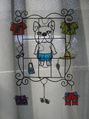 窓辺飾りの写真