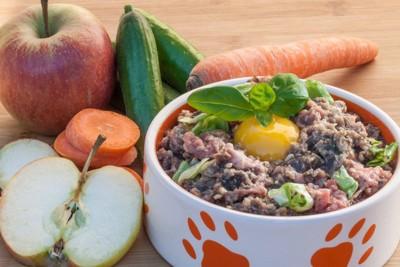 #野菜と果物とBARFのボウル#