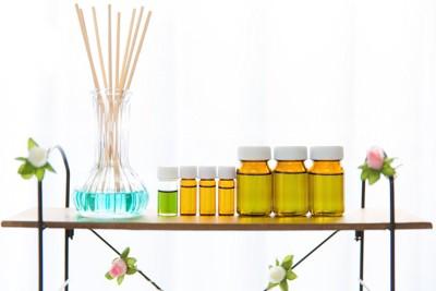 アロマオイルと芳香剤