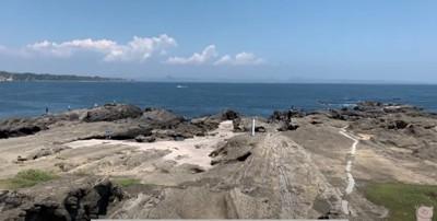 海岸に遊びにやってきました