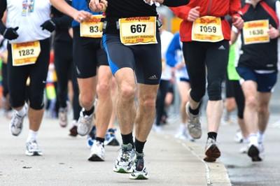 走る選手たち
