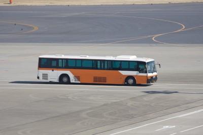 空港とバス