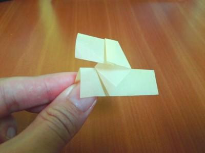 折り紙の犬の写真