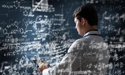 科学者と計算式